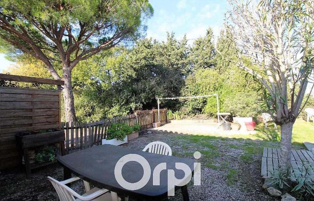 Maison à vendre 6 146.32m2 à Roquebrune-sur-Argens vignette-8