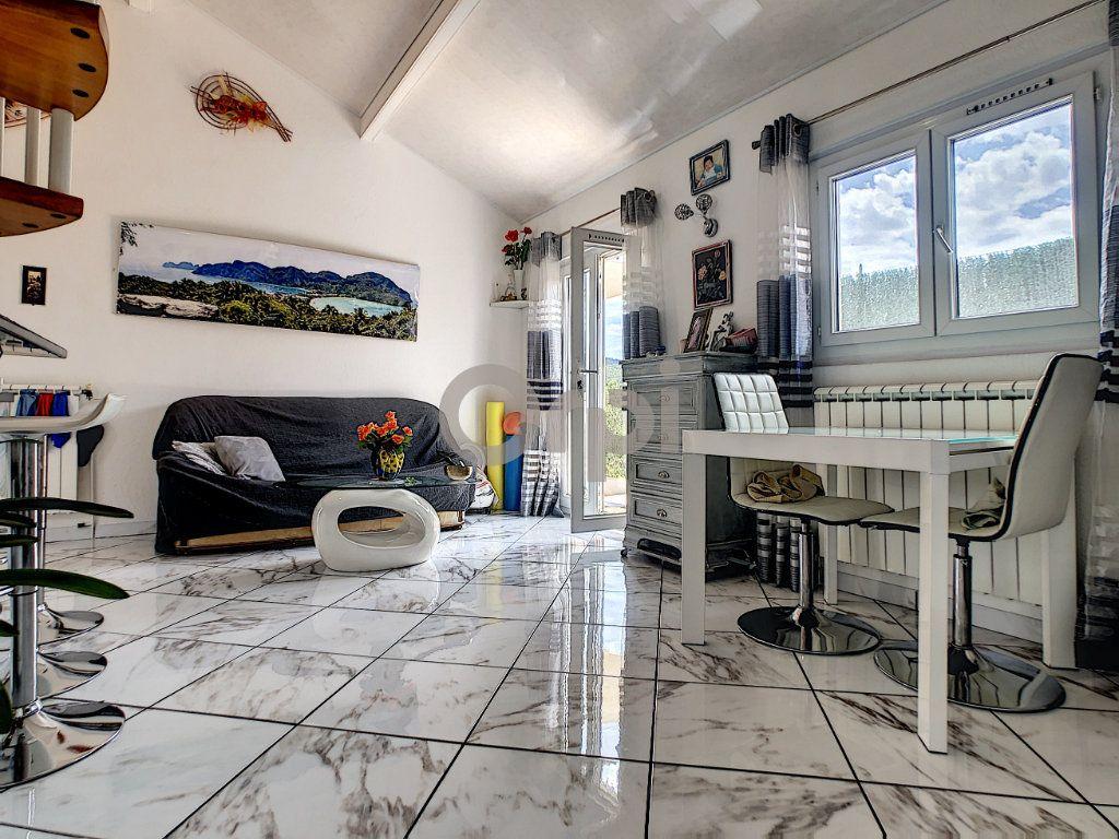 Maison à vendre 4 82.4m2 à Roquebrune-sur-Argens vignette-7