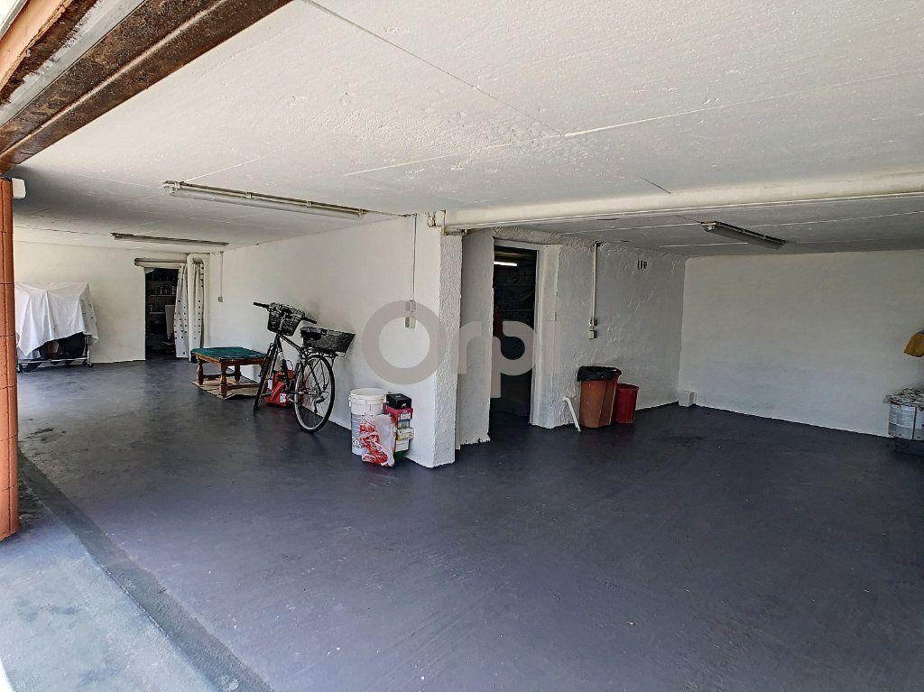 Maison à vendre 4 82.4m2 à Roquebrune-sur-Argens vignette-10