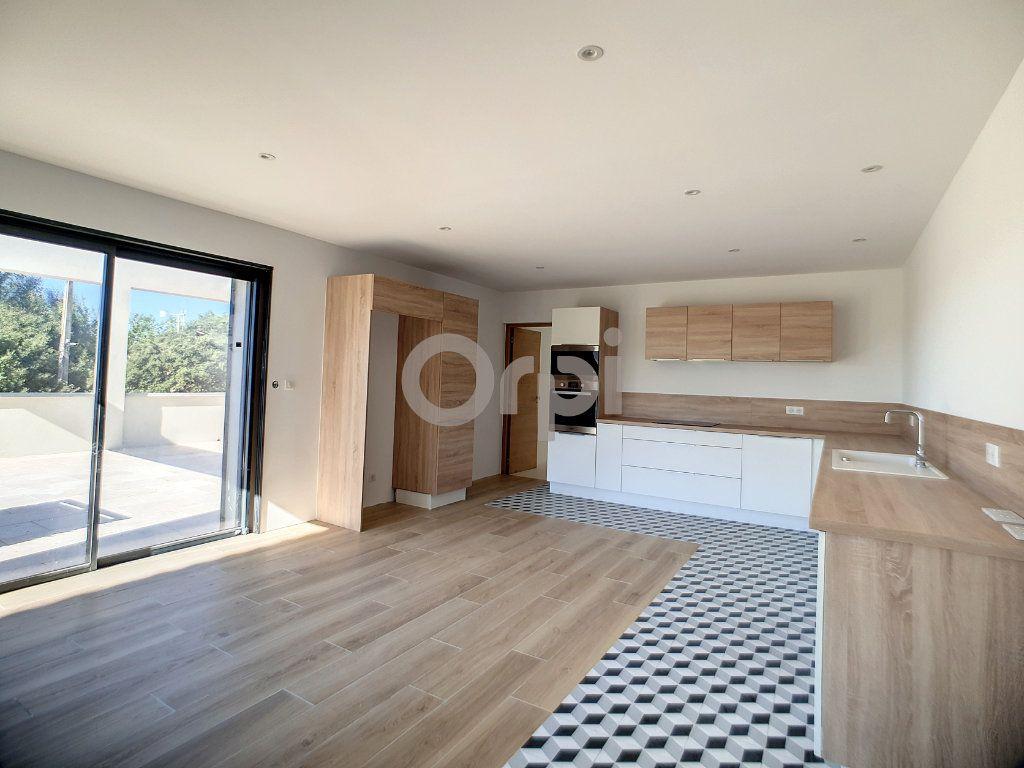 Maison à vendre 6 220m2 à Flayosc vignette-1