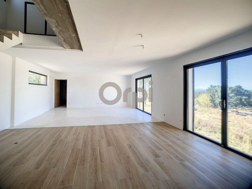 Maison à vendre 6 220m2 à Flayosc vignette-2