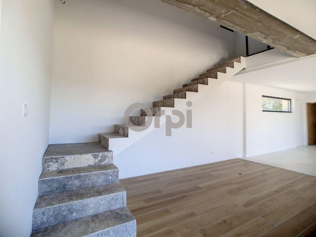 Maison à vendre 6 220m2 à Flayosc vignette-3