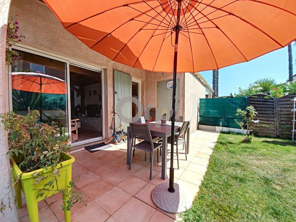 Maison à vendre 2 38.39m2 à Roquebrune-sur-Argens vignette-1