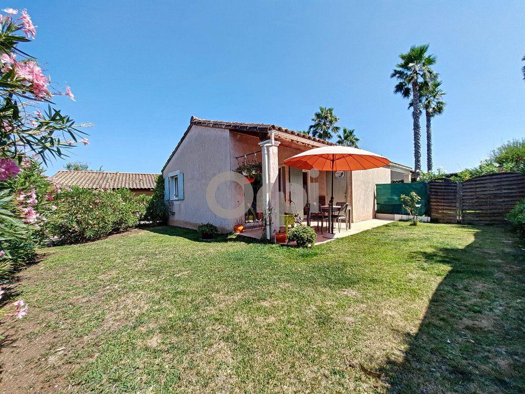 Maison à vendre 2 38.39m2 à Roquebrune-sur-Argens vignette-7