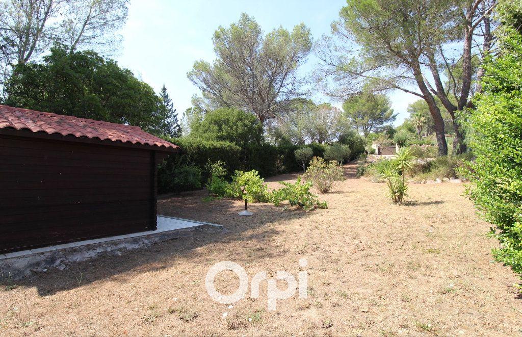 Maison à vendre 5 150.3m2 à Roquebrune-sur-Argens vignette-14