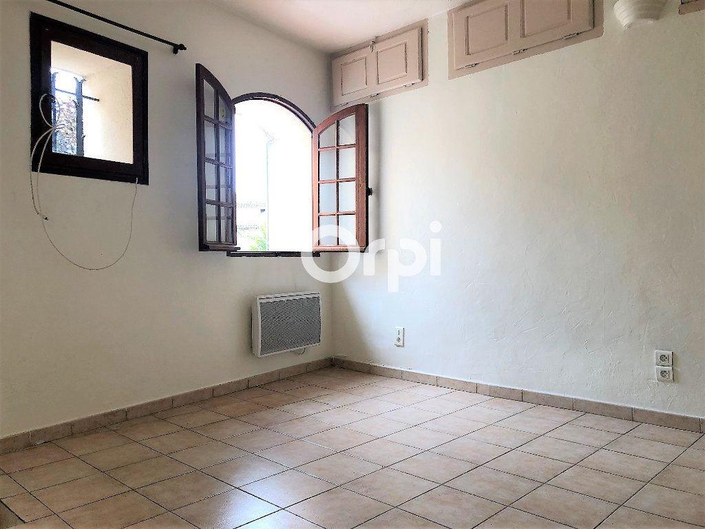 Appartement à louer 1 20.23m2 à Roquebrune-sur-Argens vignette-4