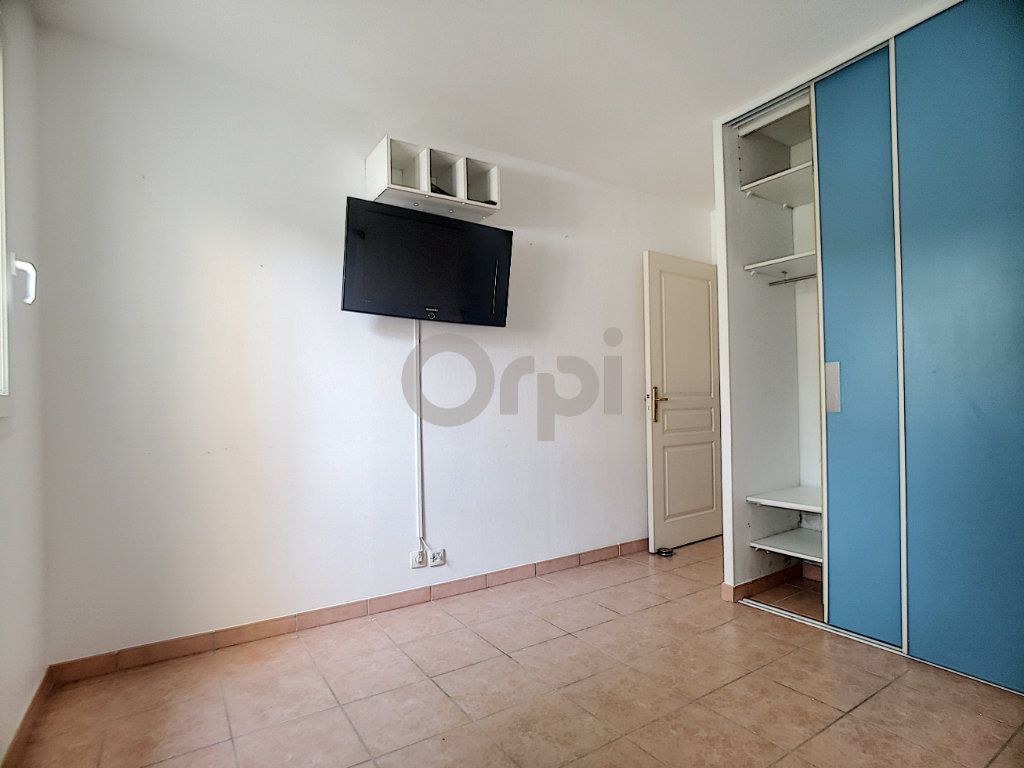 Appartement à vendre 3 58.41m2 à Fréjus vignette-5