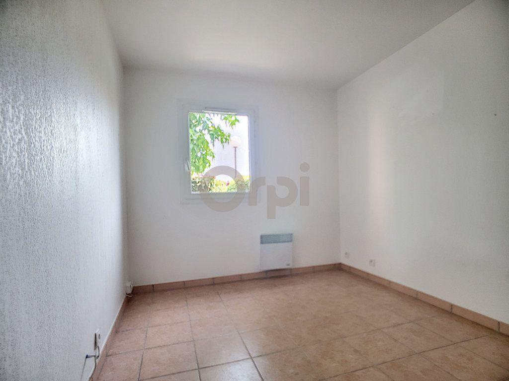 Appartement à vendre 3 58.41m2 à Fréjus vignette-6