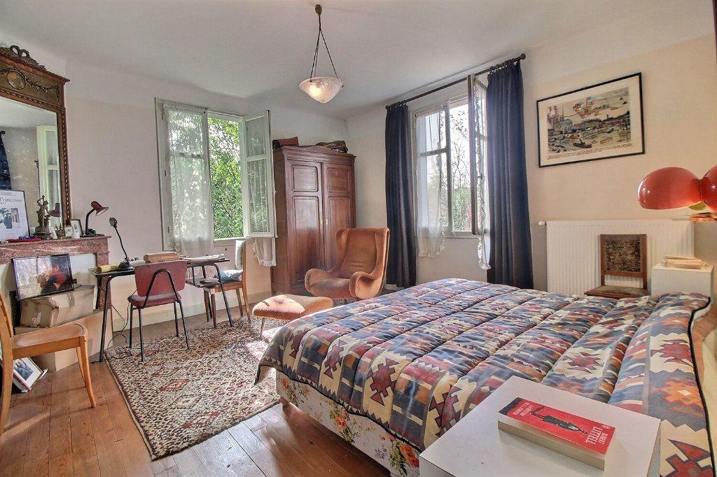Maison à vendre 5 140m2 à Oloron-Sainte-Marie vignette-3