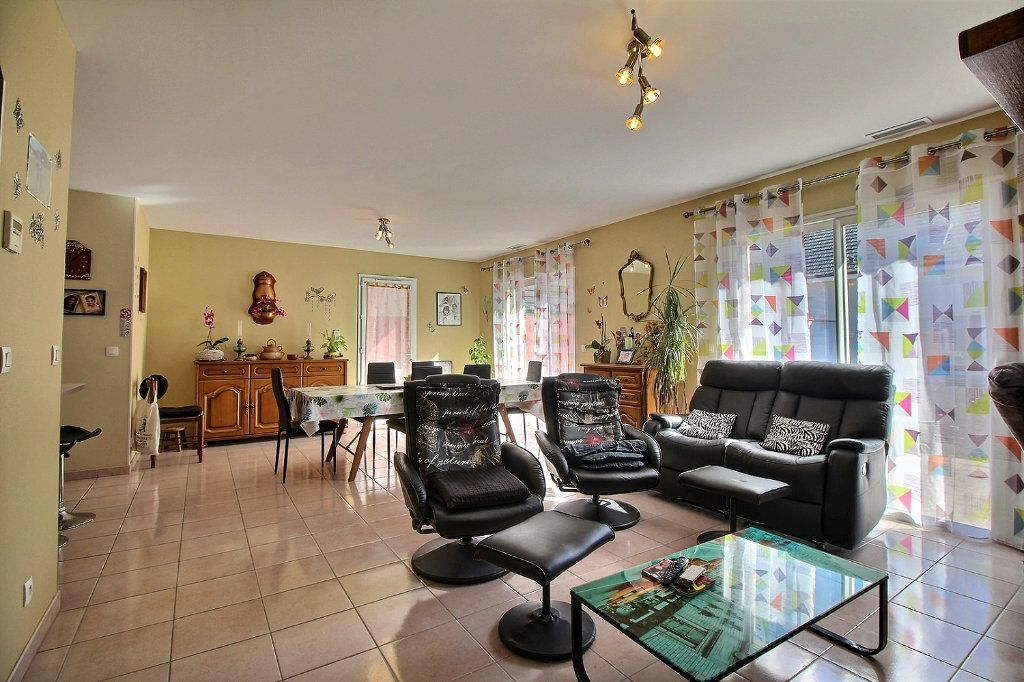 Maison à vendre 4 96m2 à Arudy vignette-1