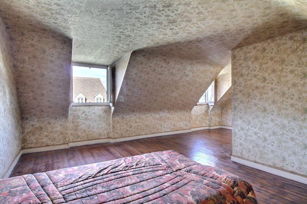 Maison à vendre 3 103m2 à Oloron-Sainte-Marie vignette-3