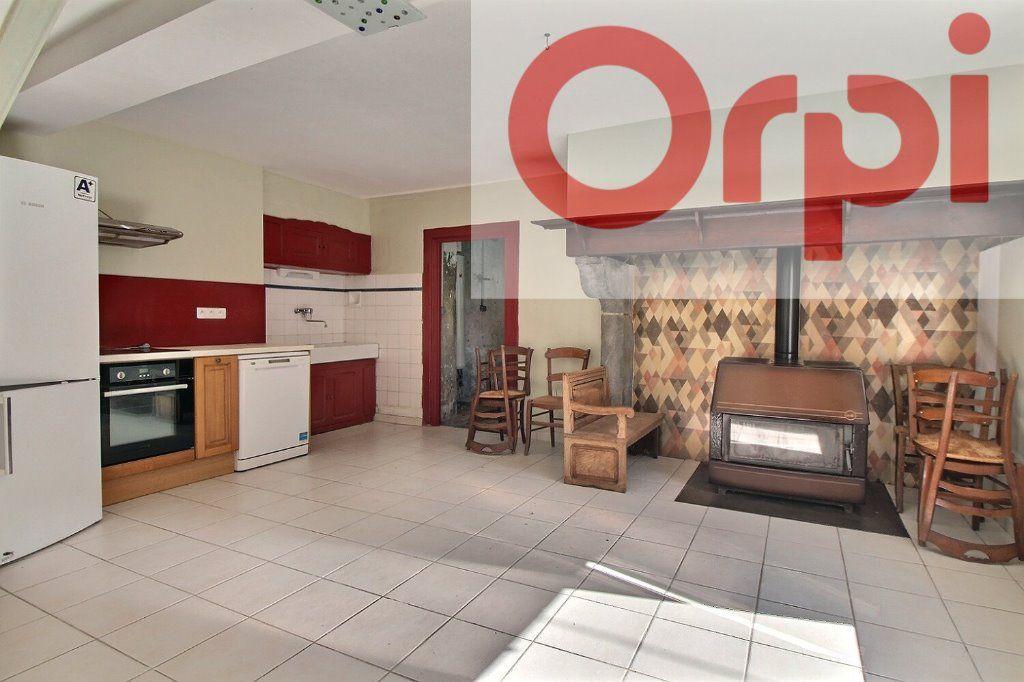 Maison à vendre 4 130m2 à Oloron-Sainte-Marie vignette-3