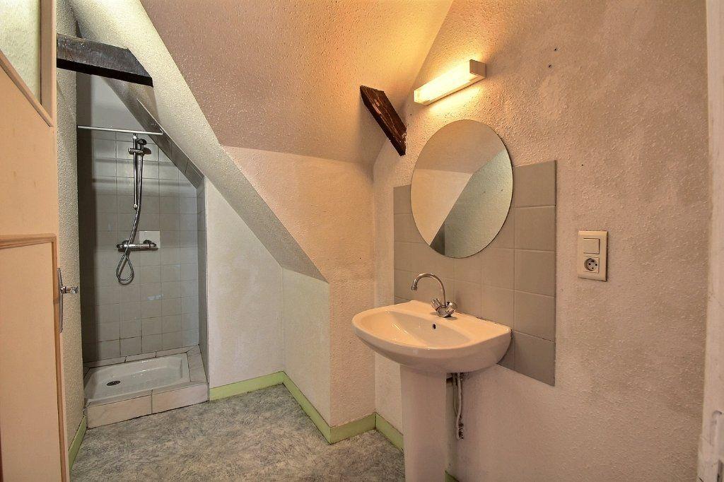 Appartement à vendre 3 68.79m2 à Oloron-Sainte-Marie vignette-4