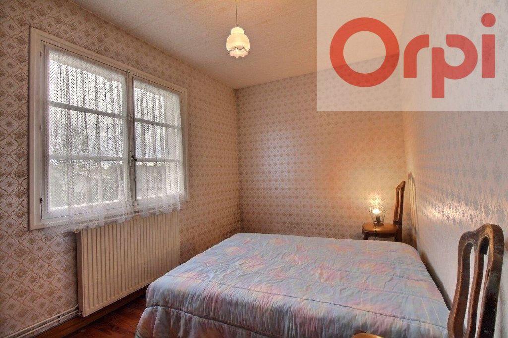 Maison à vendre 4 67.19m2 à Arudy vignette-5