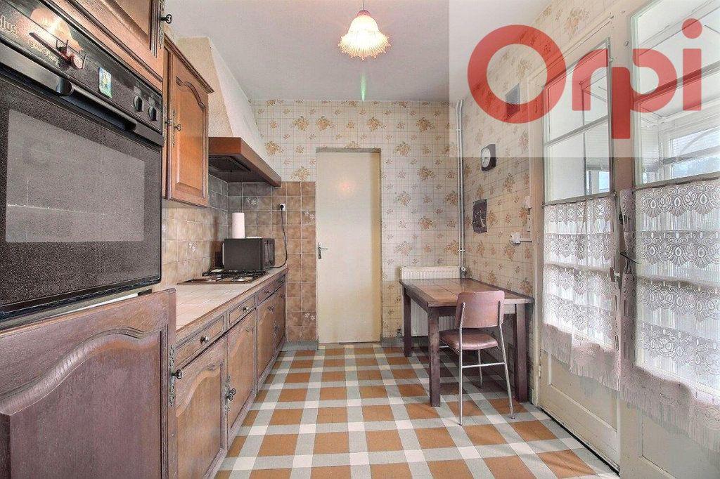Maison à vendre 4 67.19m2 à Arudy vignette-7