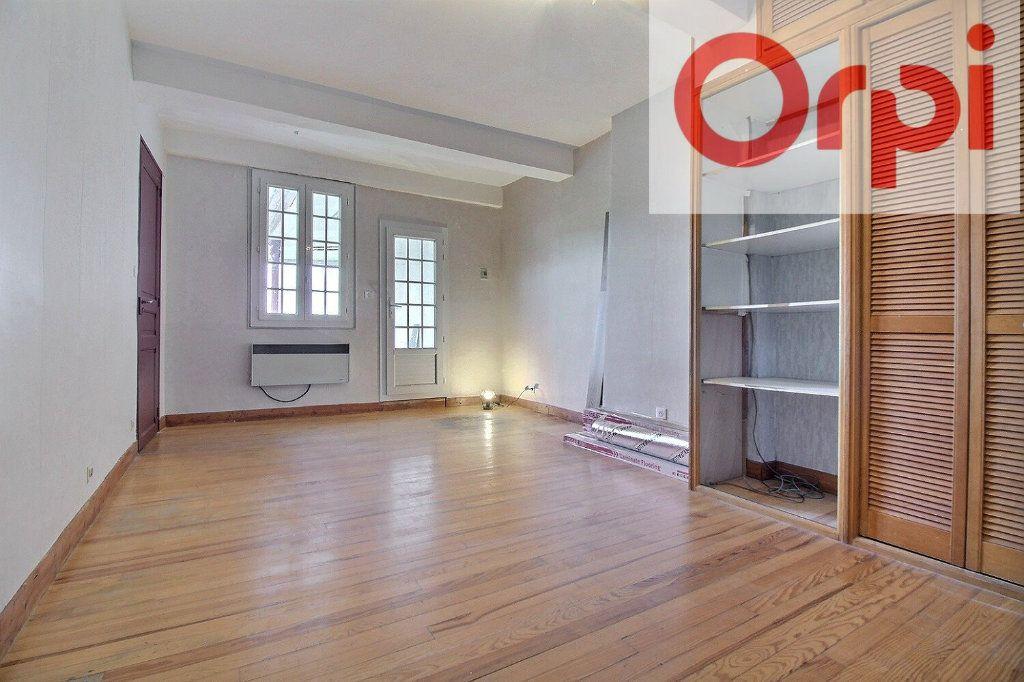 Maison à vendre 7 200m2 à Oloron-Sainte-Marie vignette-2