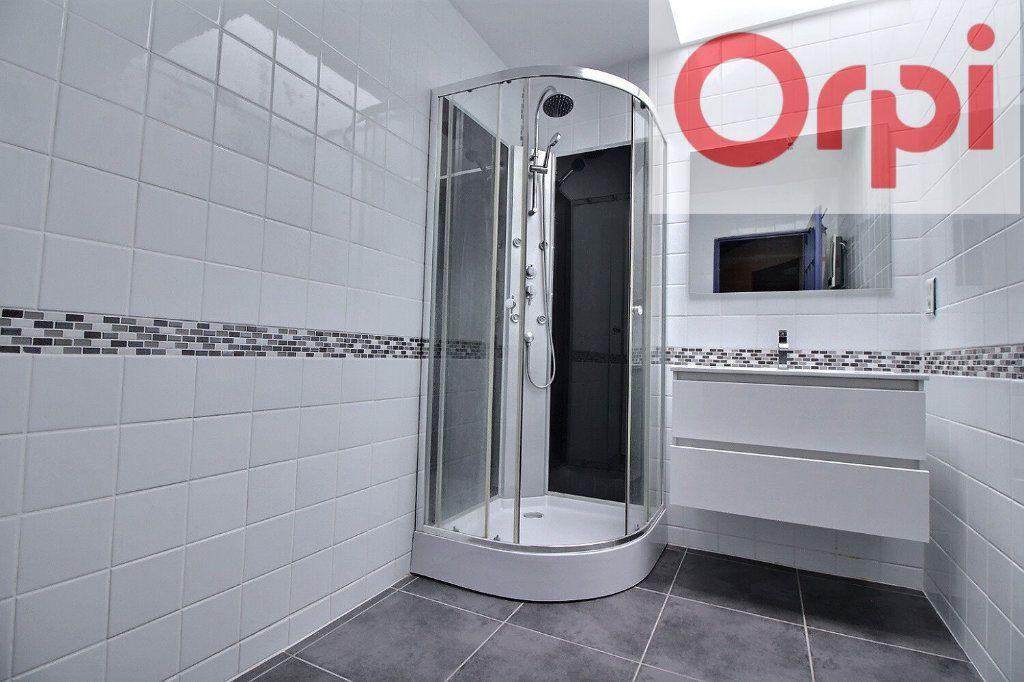 Maison à vendre 7 200m2 à Oloron-Sainte-Marie vignette-3