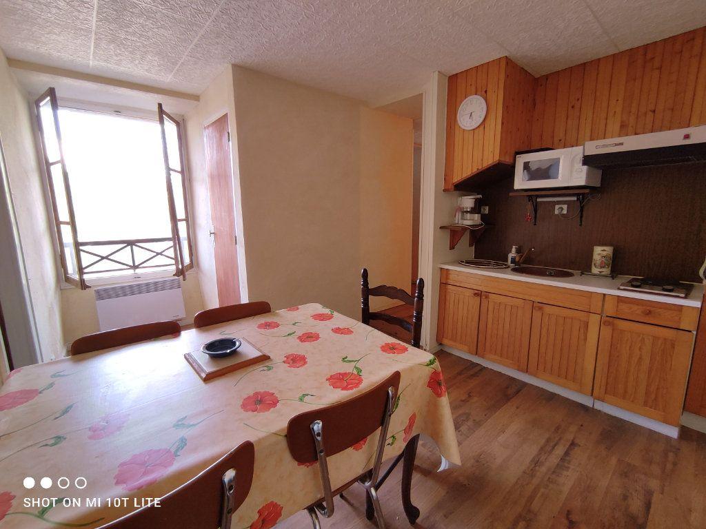 Appartement à vendre 3 38.6m2 à Eaux-Bonnes vignette-1