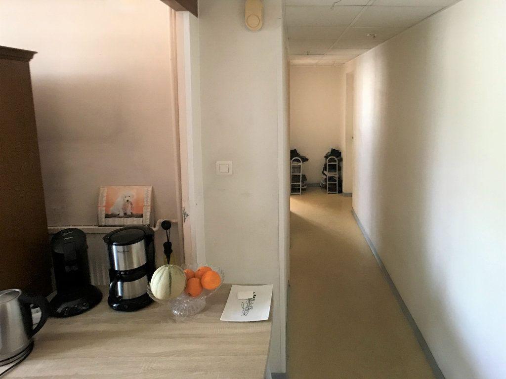Appartement à vendre 4 69.09m2 à Bollène vignette-1