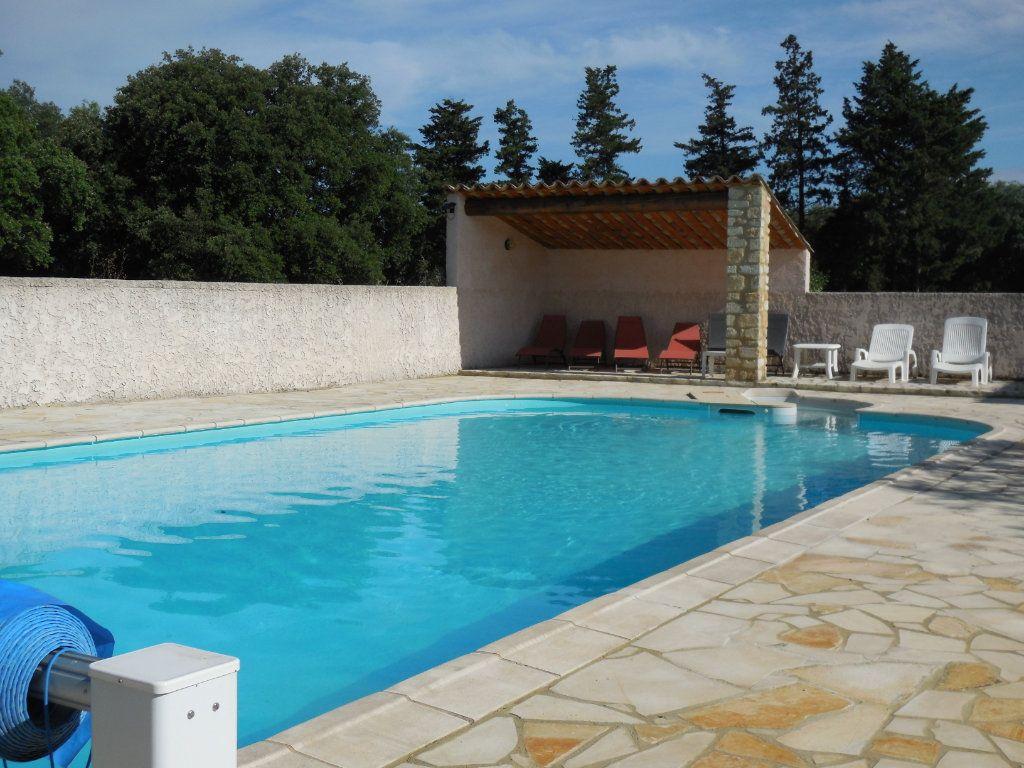 Maison à vendre 9 500m2 à Suze-la-Rousse vignette-2