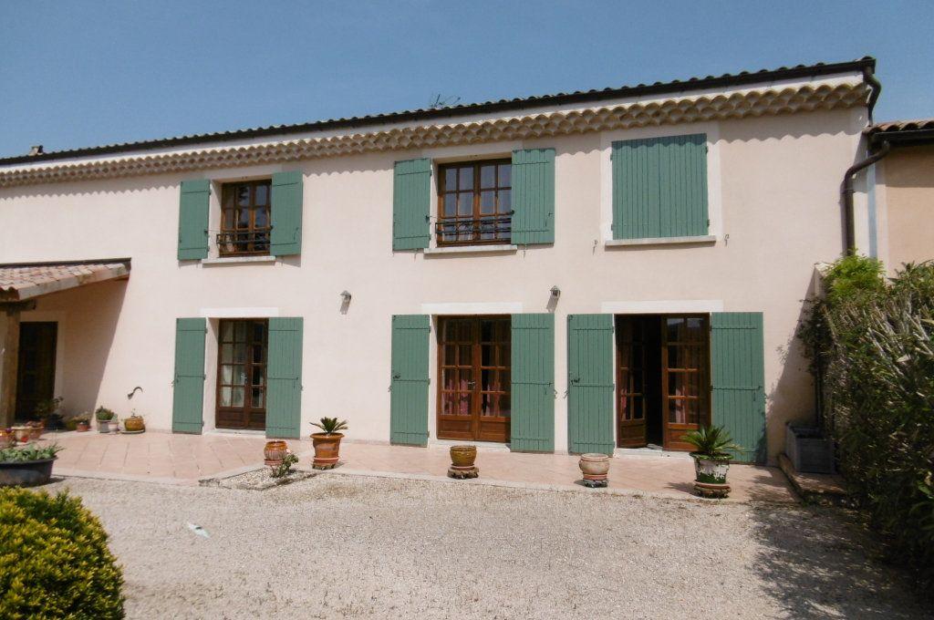 Maison à vendre 9 500m2 à Suze-la-Rousse vignette-4
