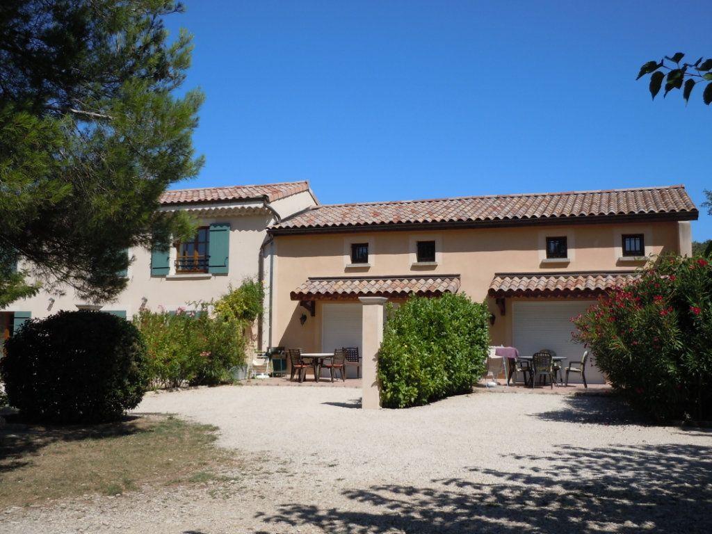 Maison à vendre 9 500m2 à Suze-la-Rousse vignette-5
