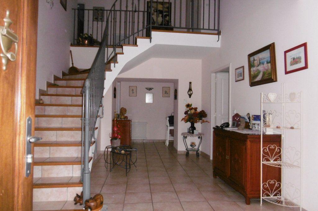 Maison à vendre 9 500m2 à Suze-la-Rousse vignette-13