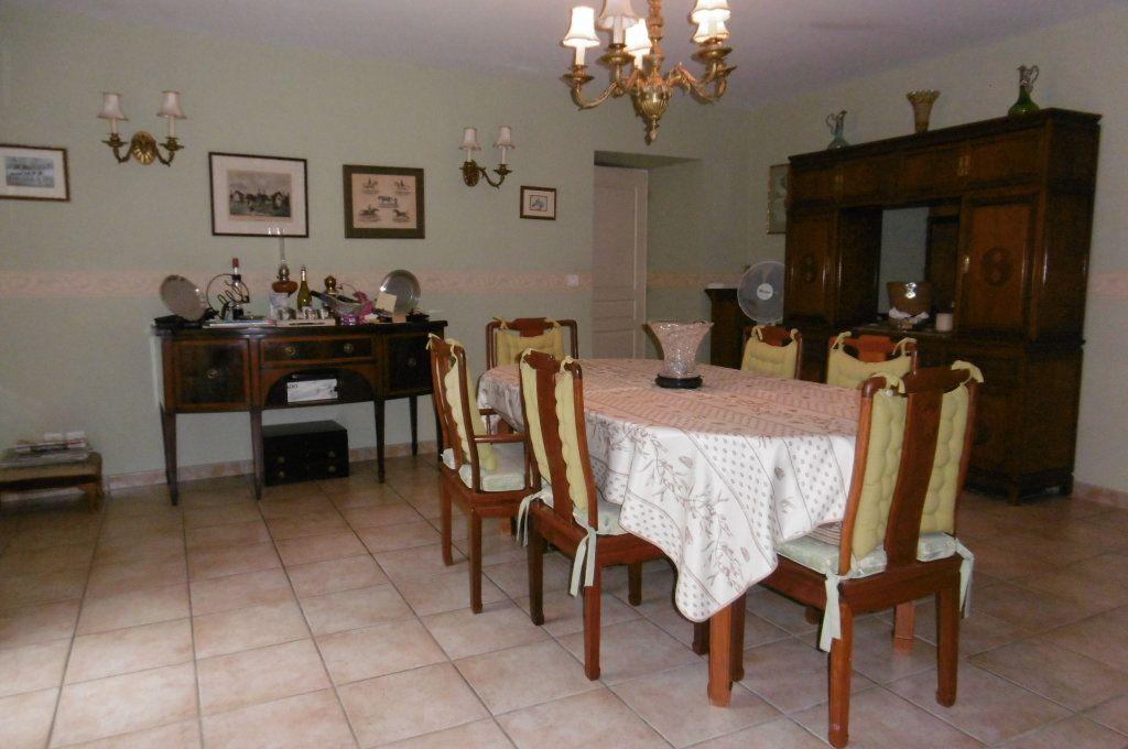 Maison à vendre 9 500m2 à Suze-la-Rousse vignette-14