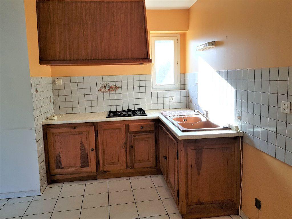 Maison à vendre 12 255m2 à Lapalud vignette-6