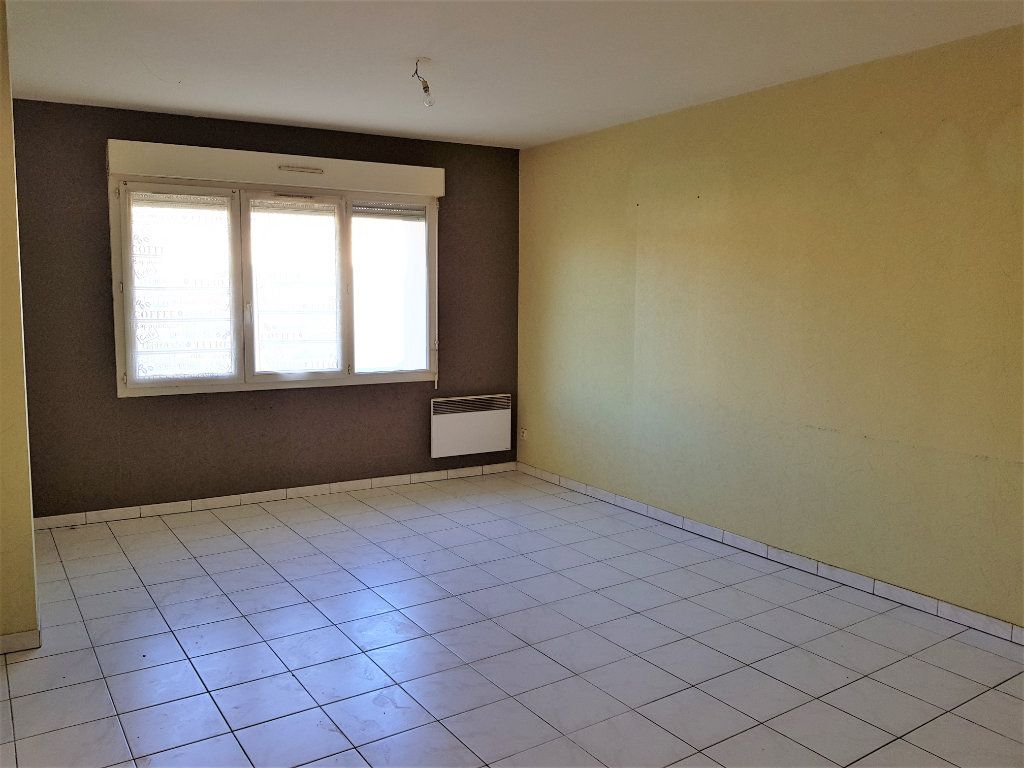 Maison à vendre 12 255m2 à Lapalud vignette-7