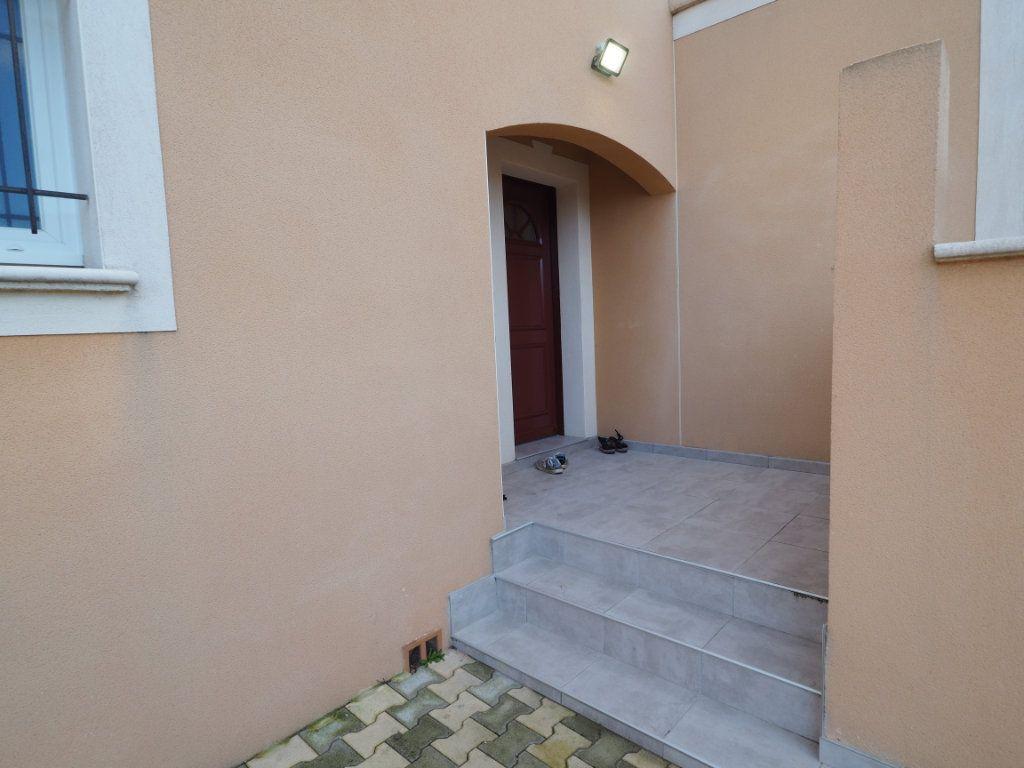 Maison à vendre 6 134m2 à Bollène vignette-2