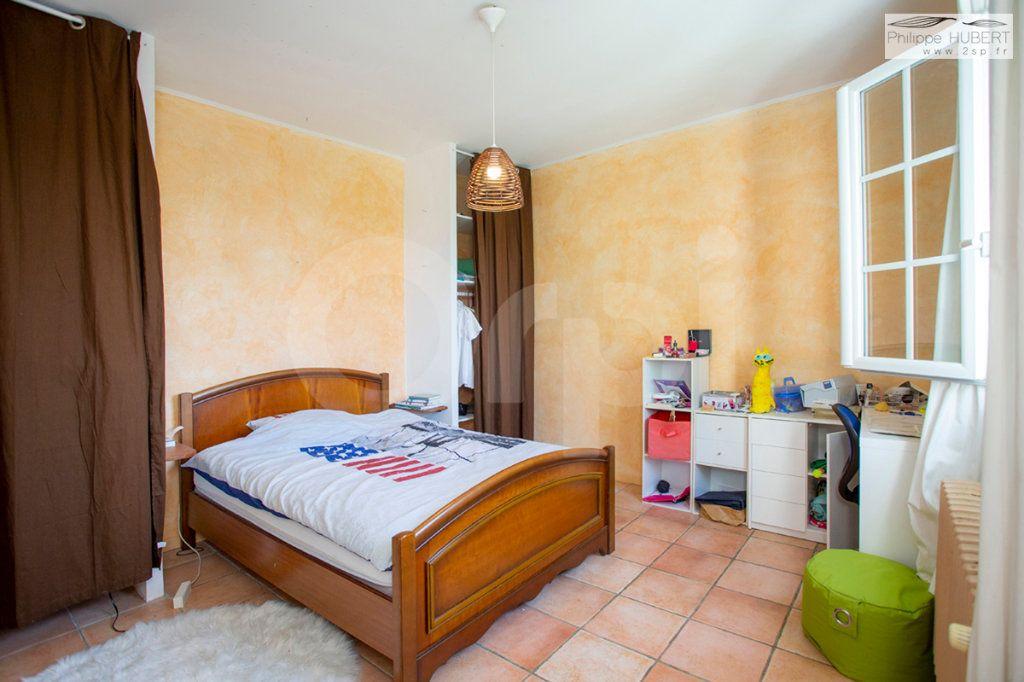 Maison à vendre 7 200m2 à Bollène vignette-10