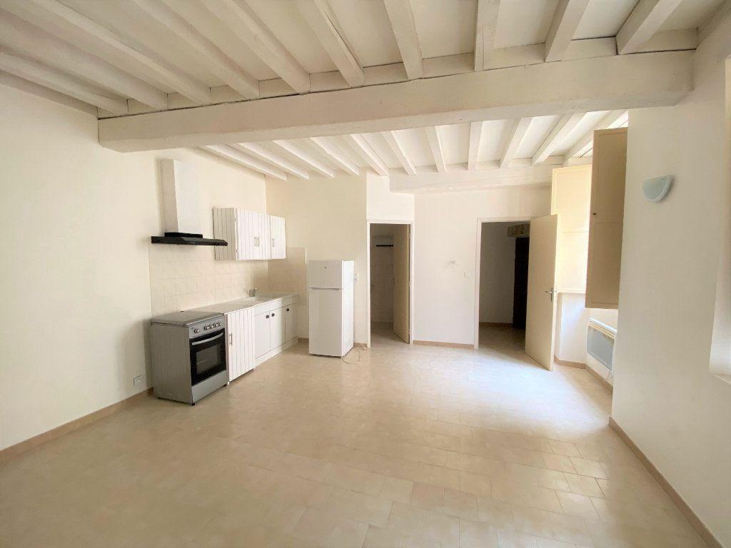 Appartement à louer 2 37.95m2 à Bollène vignette-3