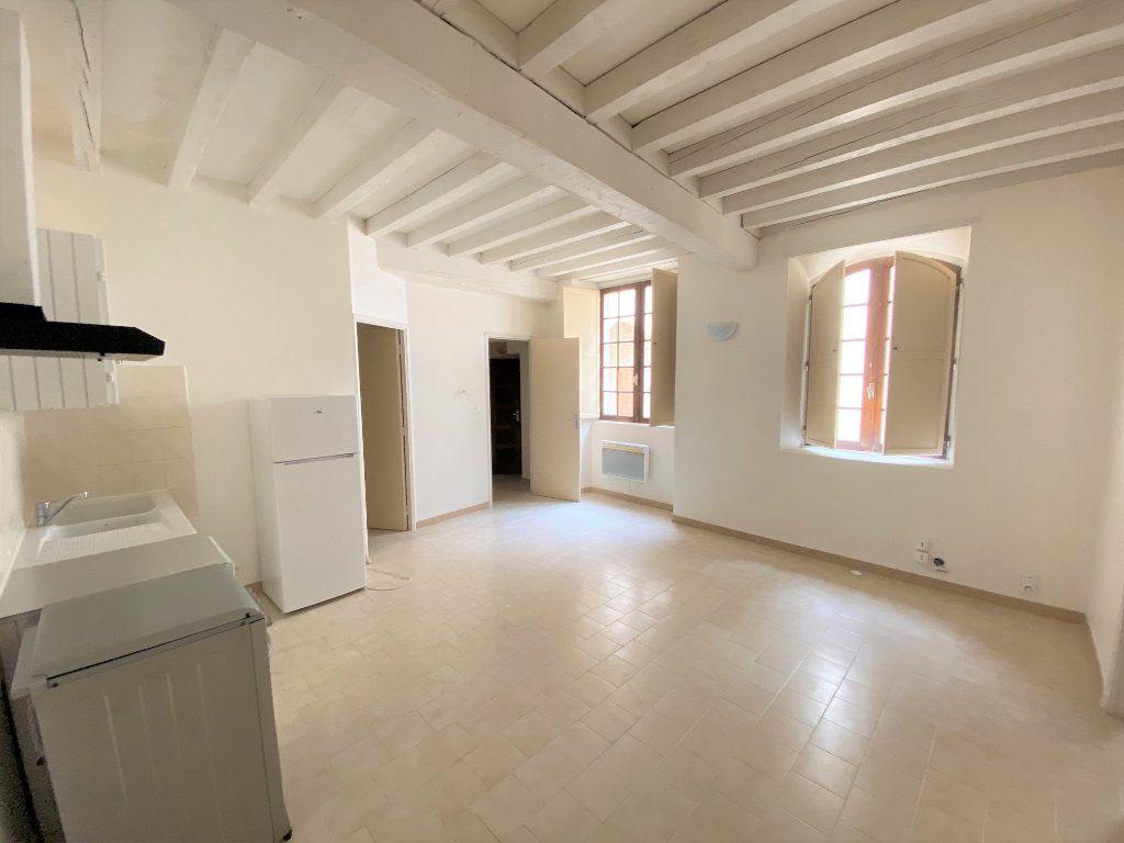Appartement à louer 2 37.95m2 à Bollène vignette-4