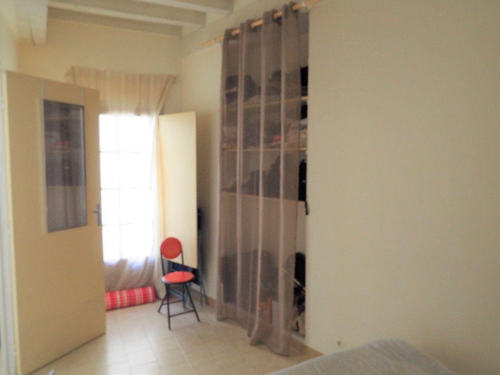 Appartement à louer 2 37.95m2 à Bollène vignette-8