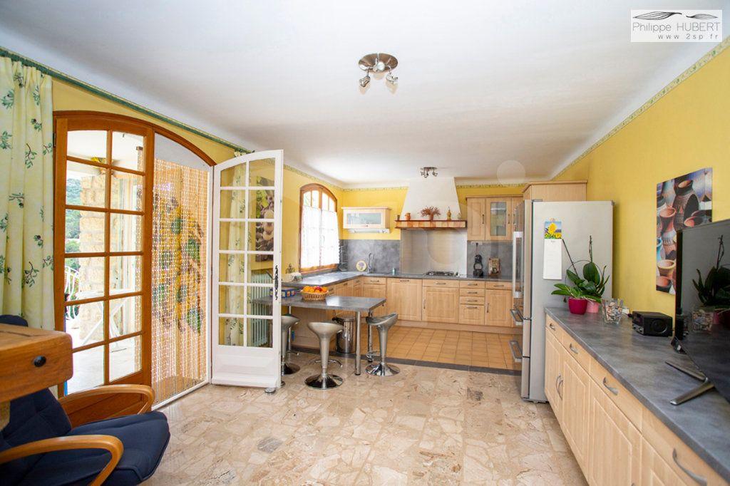 Maison à vendre 8 230m2 à Mornas vignette-6