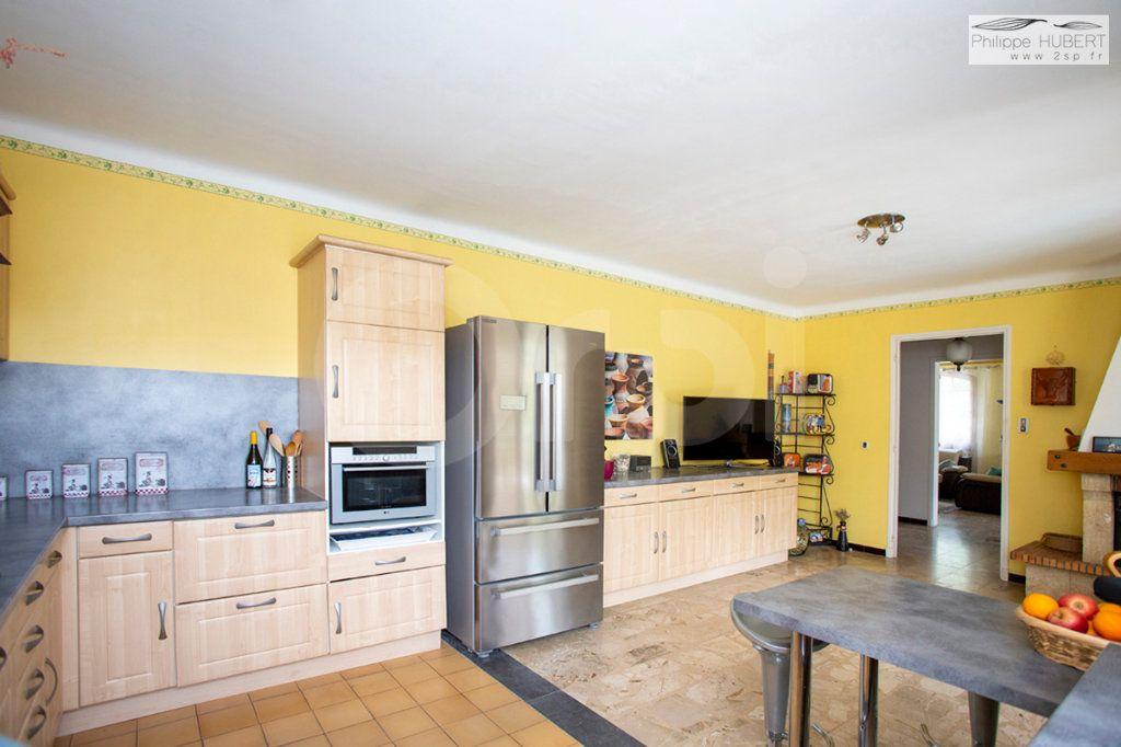 Maison à vendre 8 230m2 à Mornas vignette-7