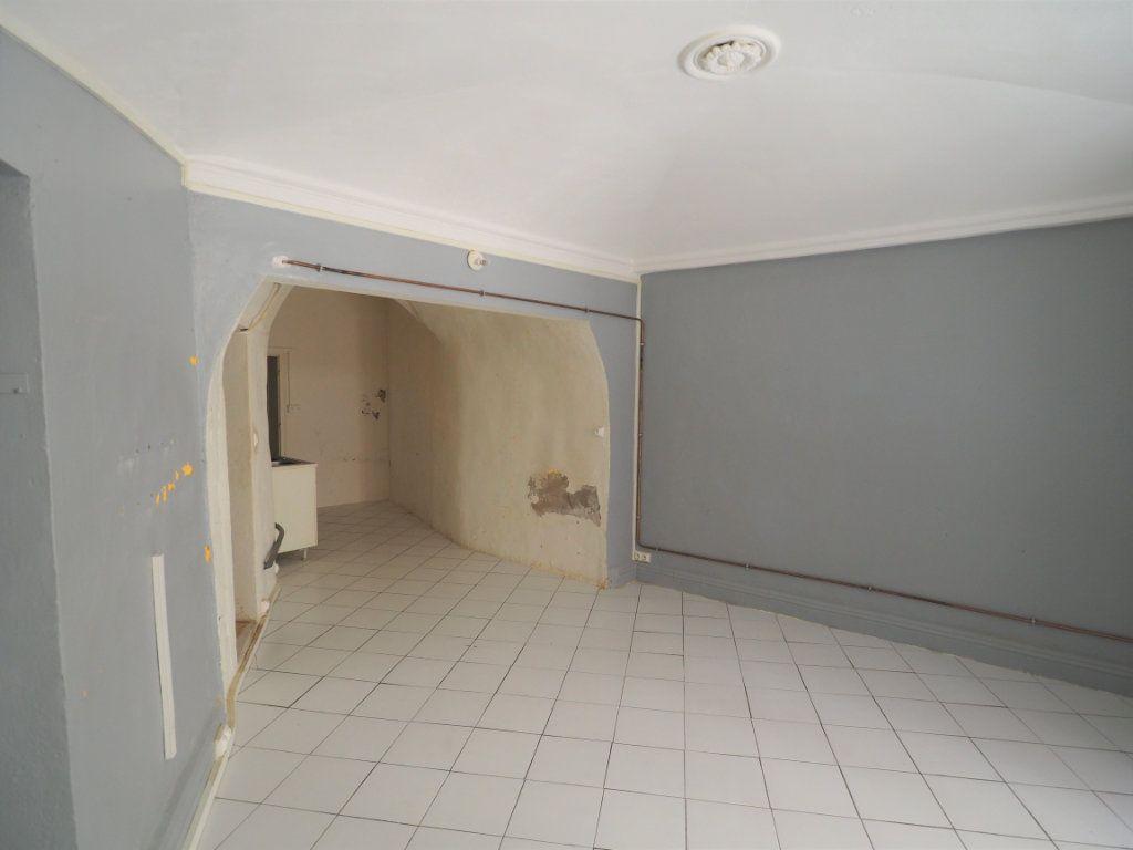 Appartement à vendre 2 45m2 à Bourg-Saint-Andéol vignette-1