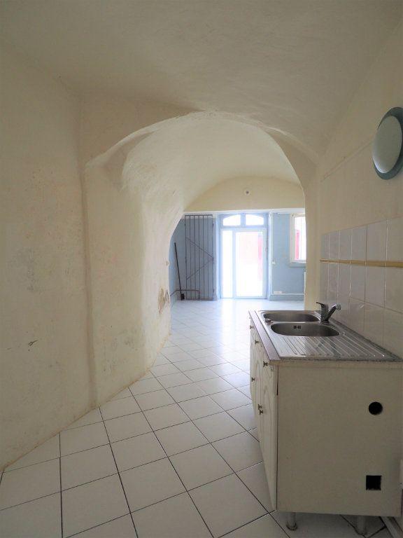 Appartement à vendre 2 45m2 à Bourg-Saint-Andéol vignette-3