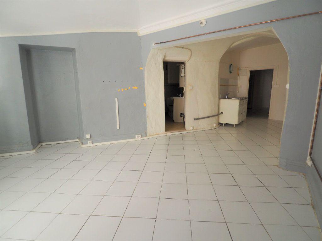 Appartement à vendre 2 45m2 à Bourg-Saint-Andéol vignette-6