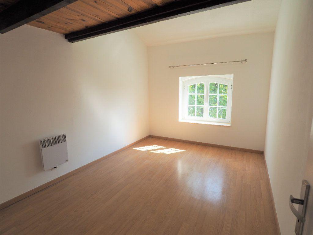Appartement à louer 4 83.2m2 à Richerenches vignette-7