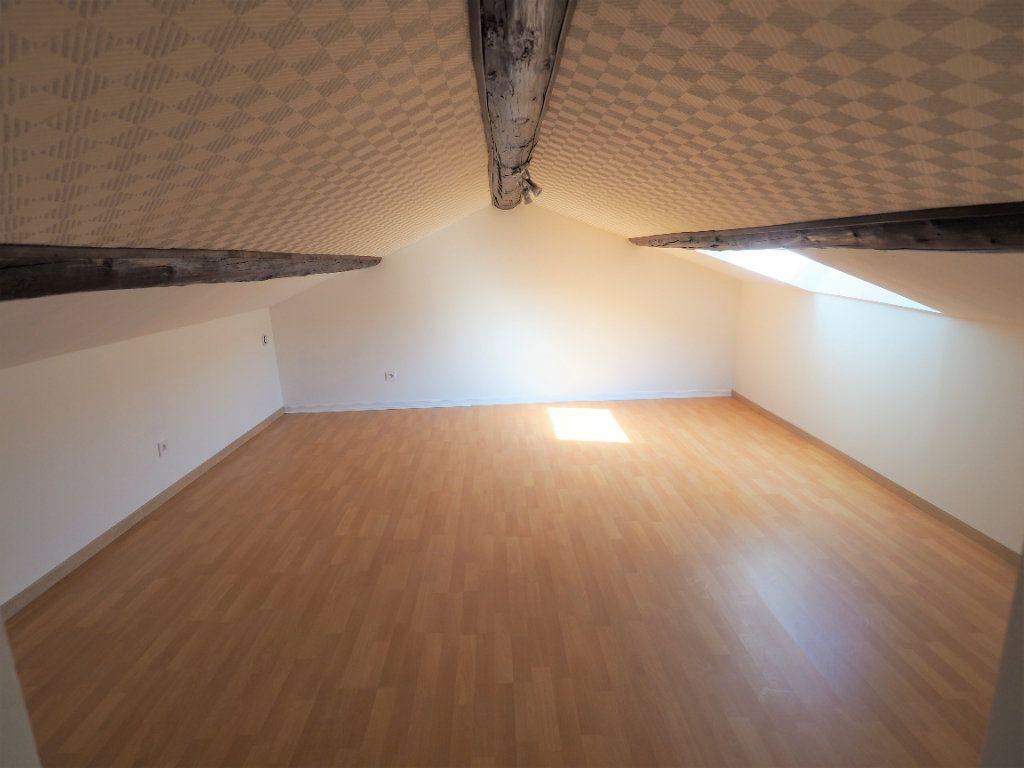 Appartement à louer 4 83.2m2 à Richerenches vignette-10