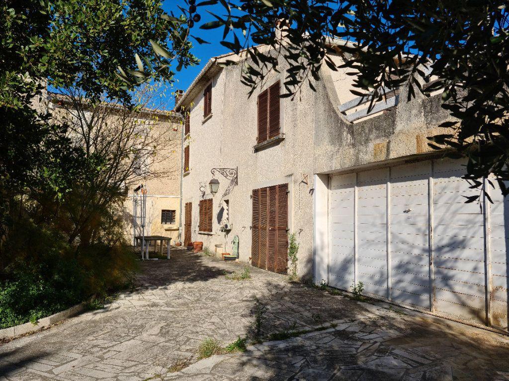 Maison à vendre 12 485.93m2 à Bollène vignette-6