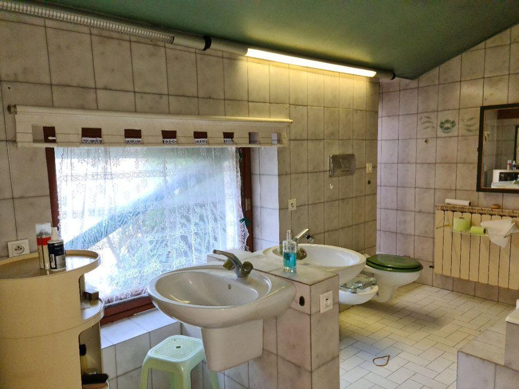 Maison à vendre 12 485.93m2 à Bollène vignette-7