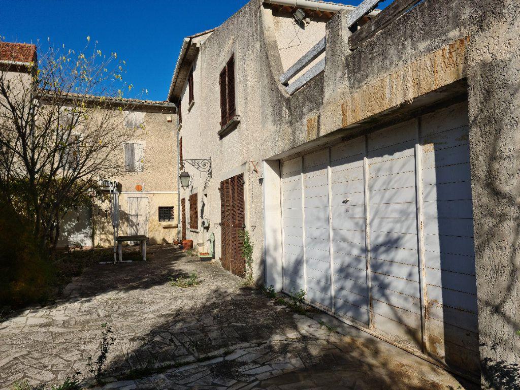 Maison à vendre 12 485.93m2 à Bollène vignette-8