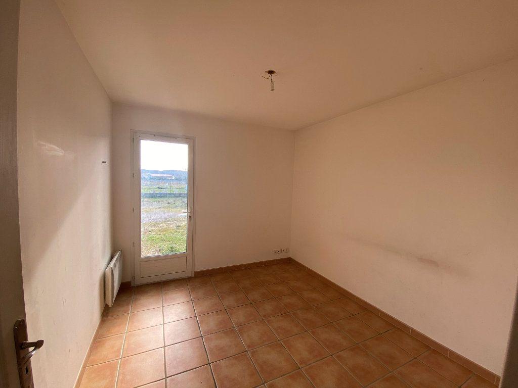 Maison à vendre 3 62.21m2 à Rochegude vignette-7