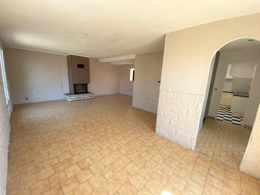 Maison à louer 6 119.5m2 à Bollène vignette-3