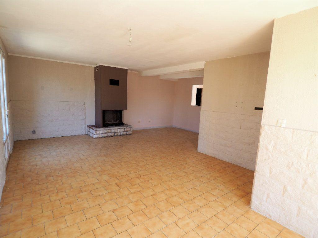Maison à louer 6 119.5m2 à Bollène vignette-5