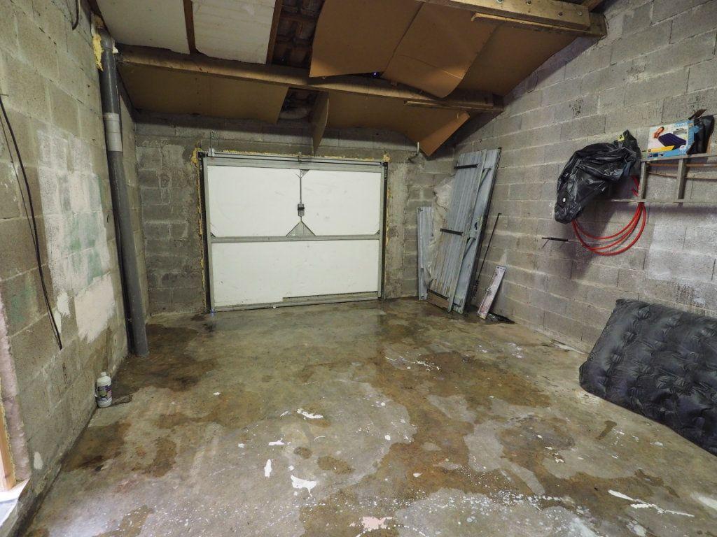 Maison à louer 6 119.5m2 à Bollène vignette-16