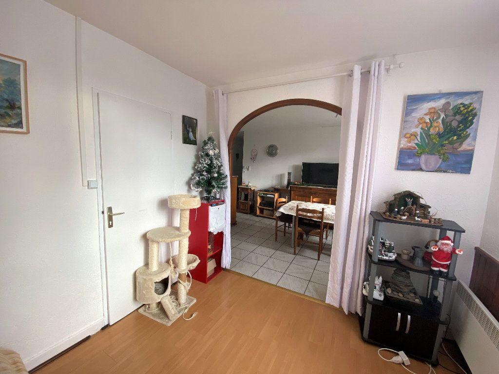 Appartement à vendre 4 61.76m2 à Valréas vignette-4